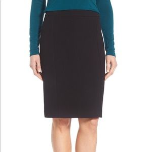 {Halogen} Charcoal Gray Seamed Pencil Skirt